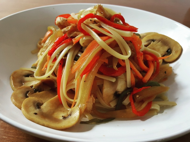 Tallarines al wok